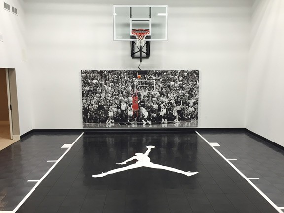 Indoor home gyms courts athletic surfaces millz house for Indoor basketball court installation