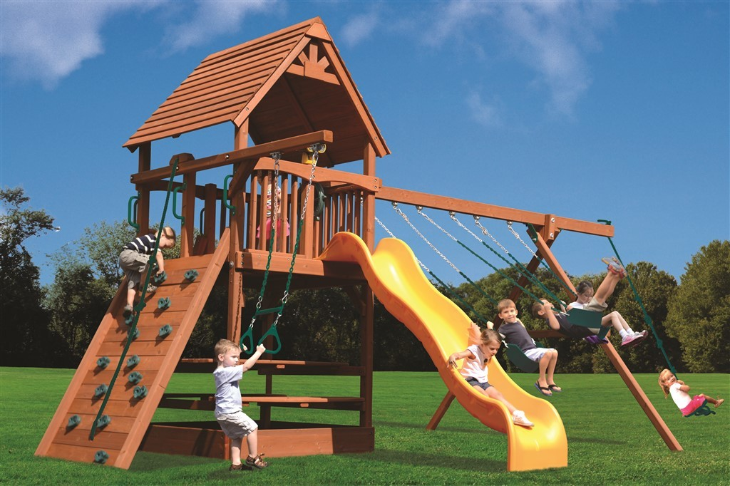 Playground One Deluxe Fort Combo 2 Swing Set