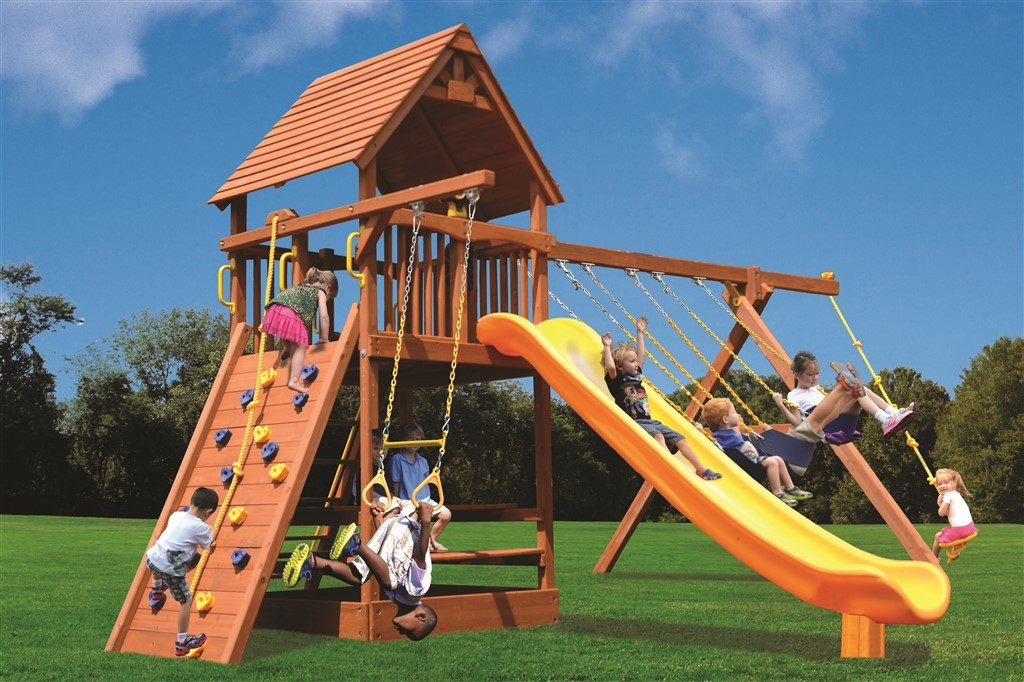 Playground One Supreme Fort Swing Set