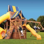 Playground One Original Fort High Roller swing set