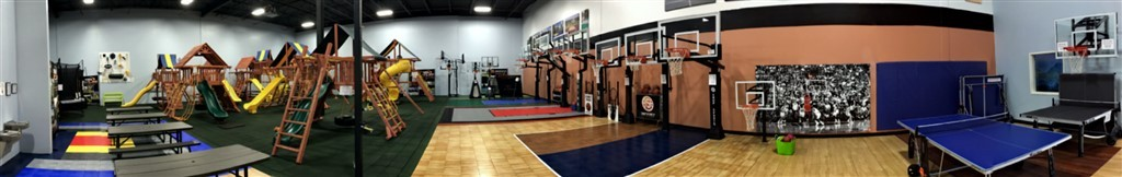 Millz House Showroom Panorama
