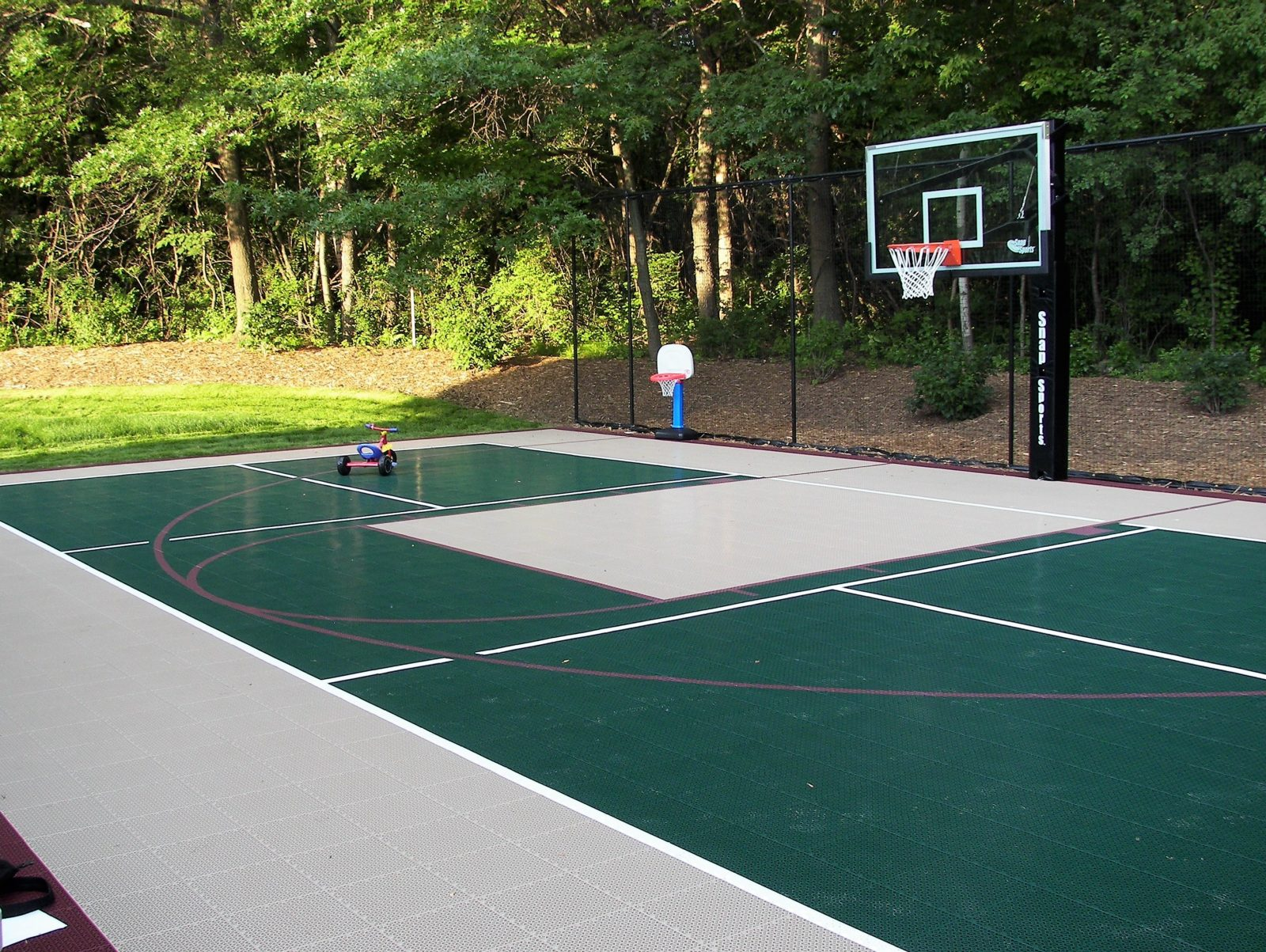 SnapSports multi-sport game court